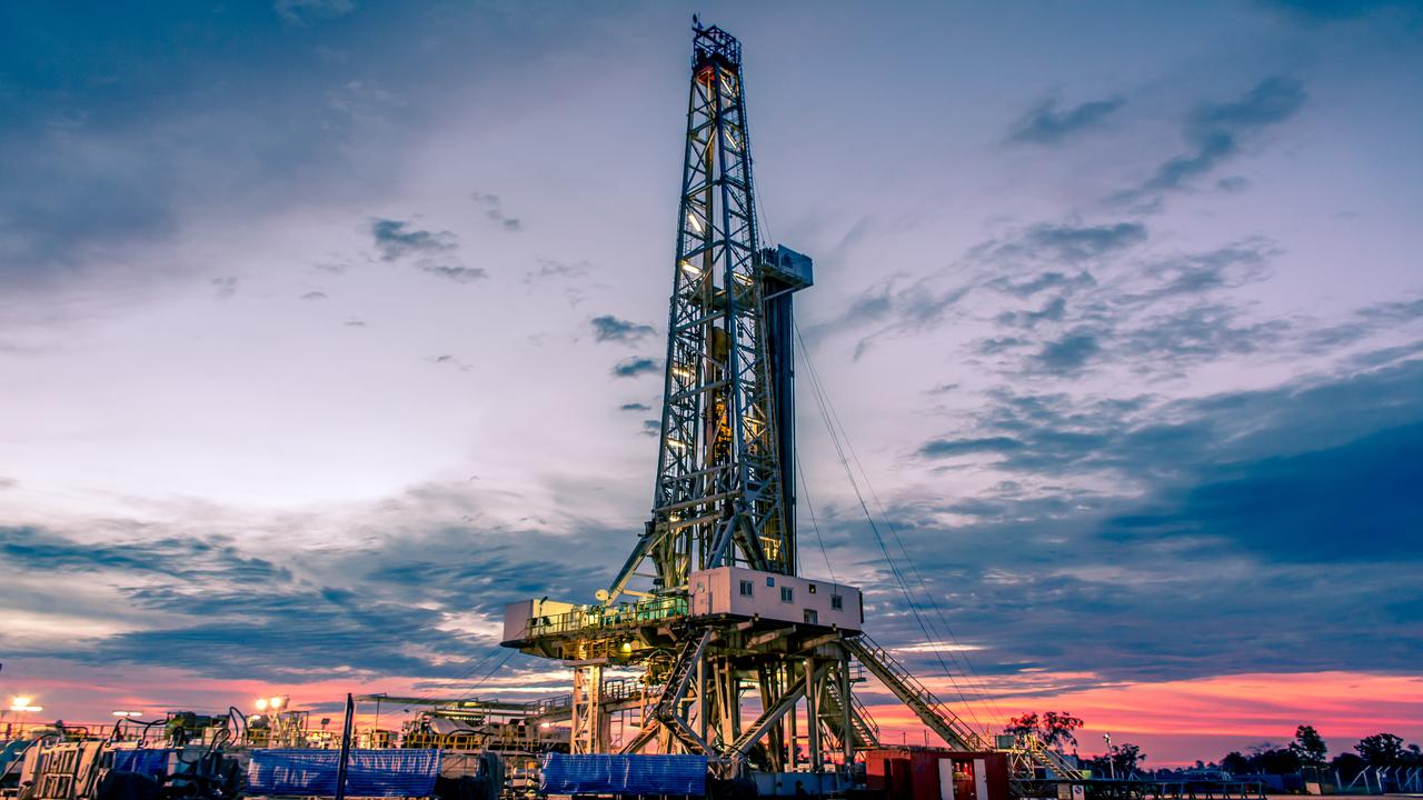 Lower Fars heavy oil development