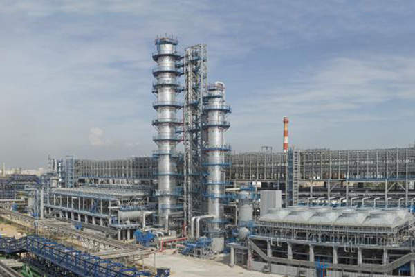 Moscow Oil Refinery is undergoing a long term RUB130bn (approximately $3.4bn) modernisation project.