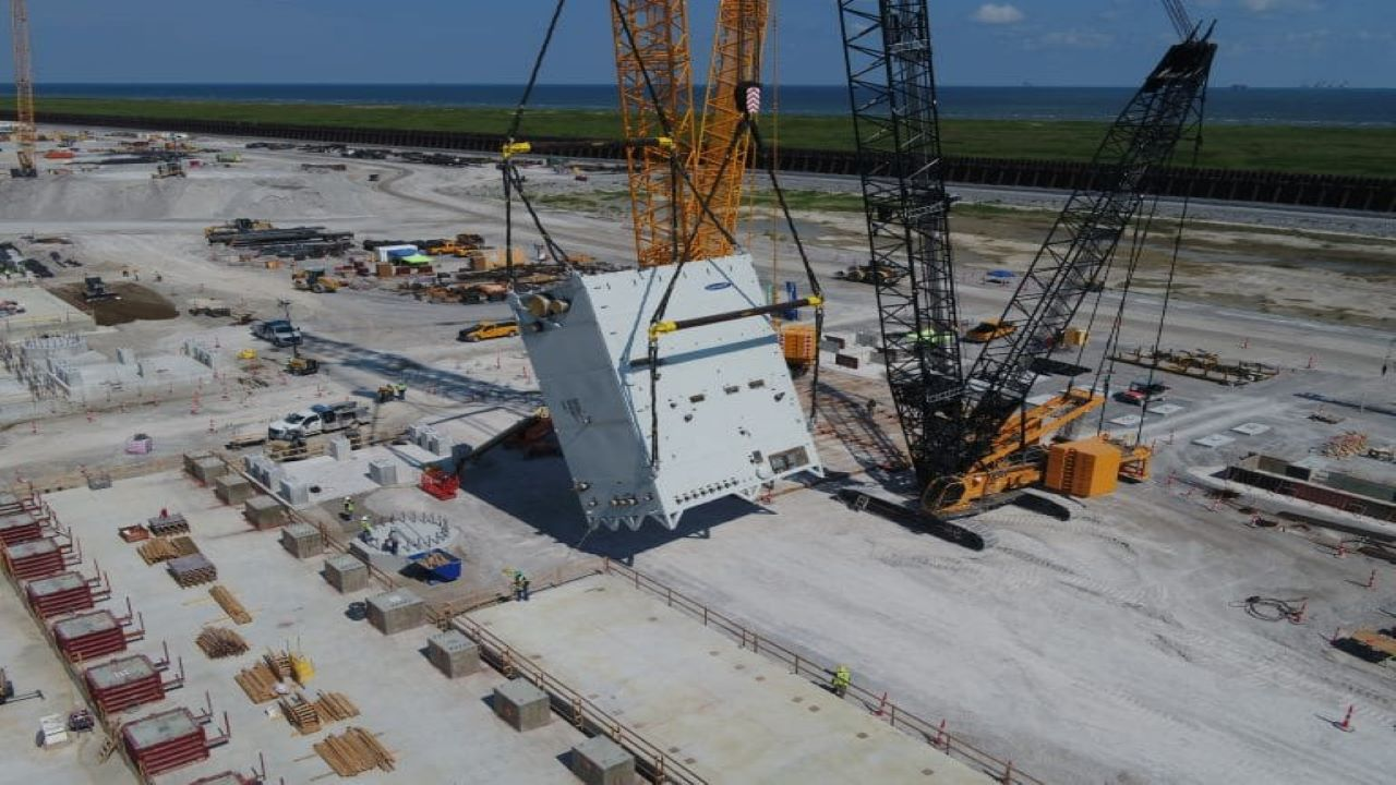 The installation of the first liquefaction train commenced in June 2020. Credit: Venture Global.