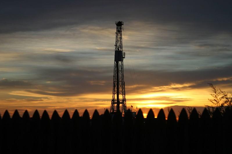 Hydro 1 oil-rig