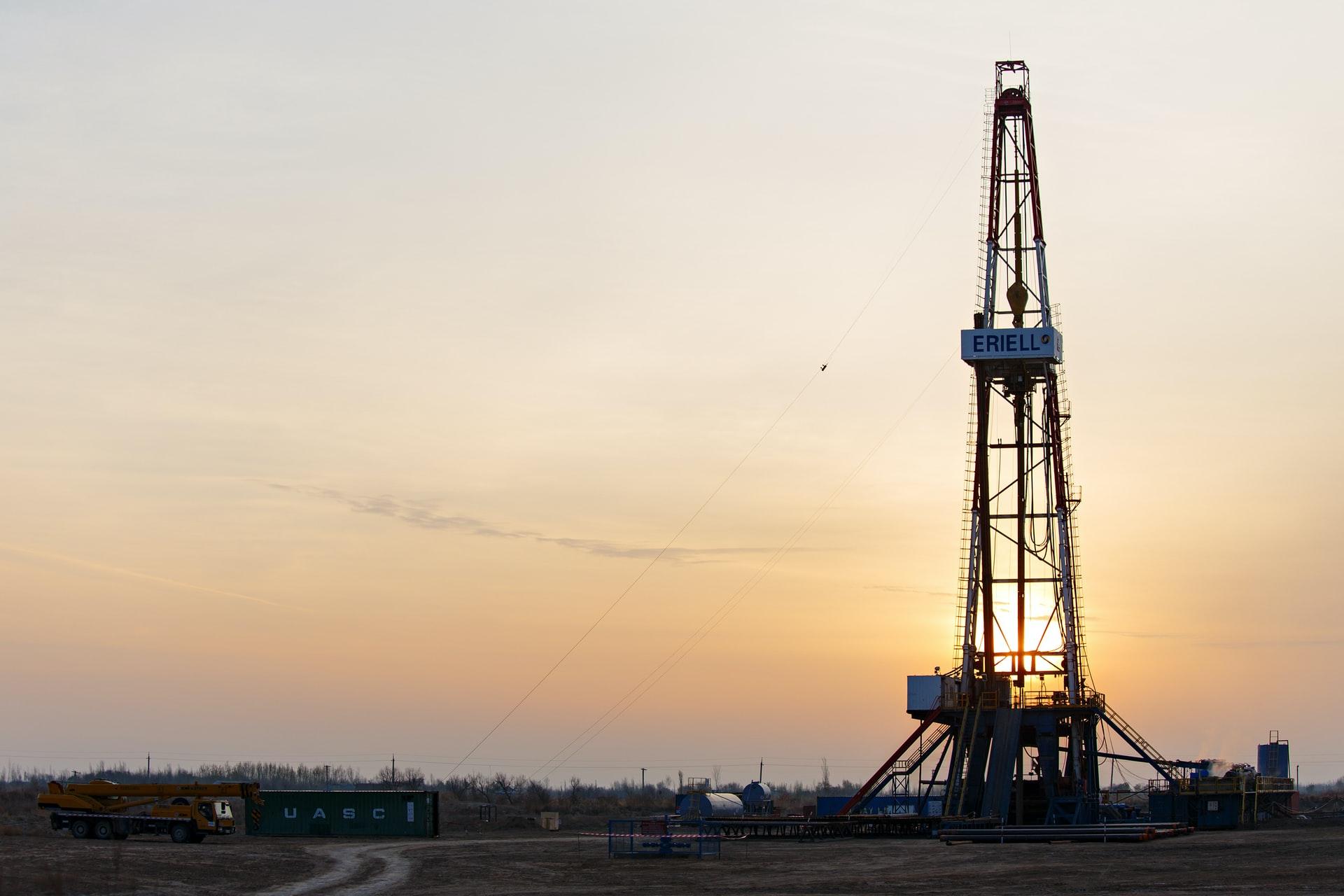 Vencer Energy Hunt Oil Company