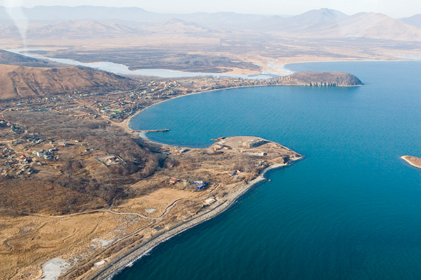 The LNG plant will be located in the Khasan district of the Primorye territory and aims to supply gas by 2018.
