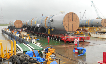 Jumbo Maritime shipped up to 37 pieces of reactors, separators and coke drums to the project site in 2011.